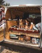 Photo of One of the best things about traveling is making friends on the road! 😻🚌 T…