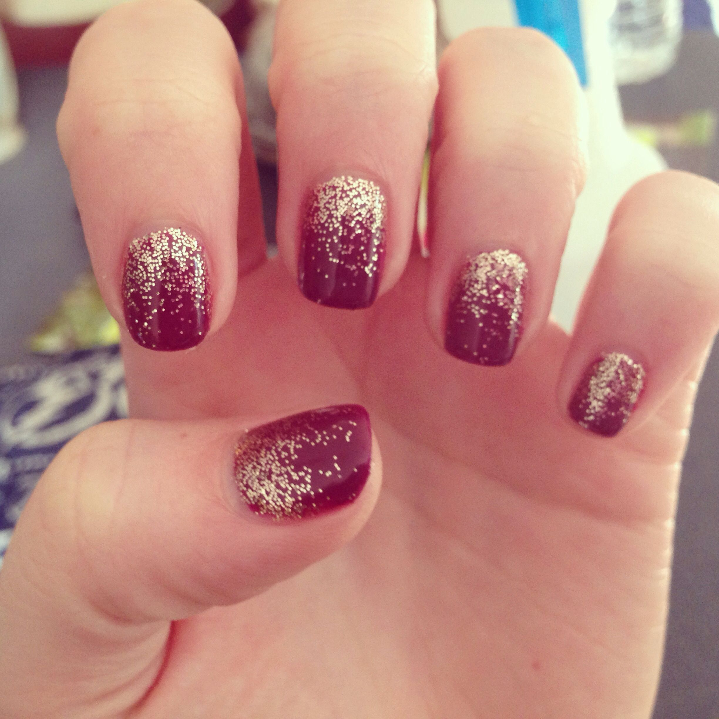 Red Ombre Nails Christmas.Glitter Ombre Hair Make Up Pretty Things In 2019 Red