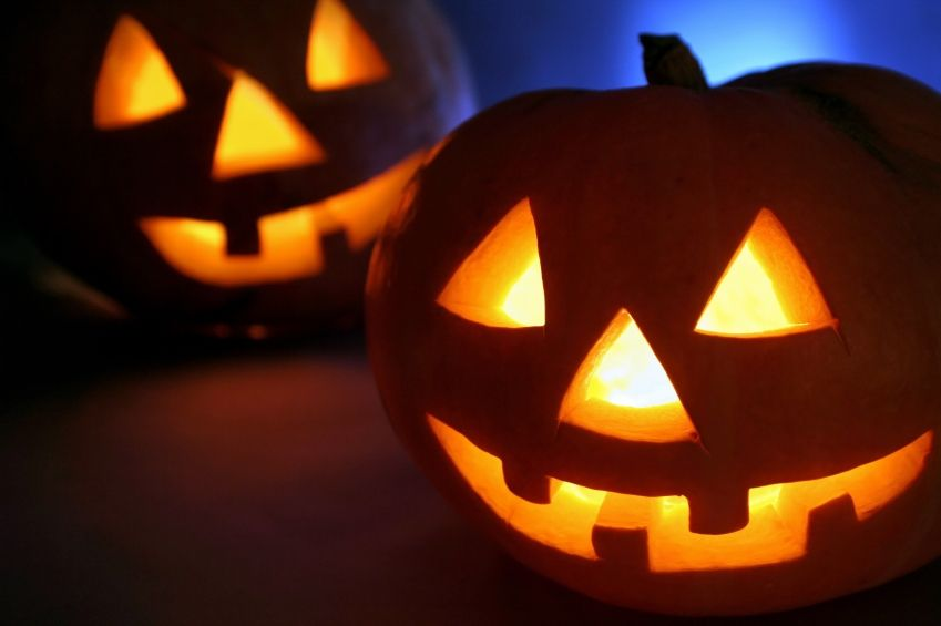 """Specialty Halloween stores are starting to pop-up around Western PA, but """"exorcise"""" caution when shopping at these temporary stores, here's why: http://go.bbb.org/1CHiaZQ"""
