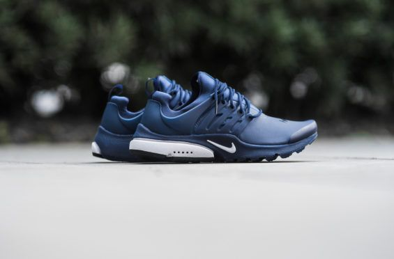 discount 06f07 a95b6 The Nike Air Presto Low Utility Is Covered In Binary Blue