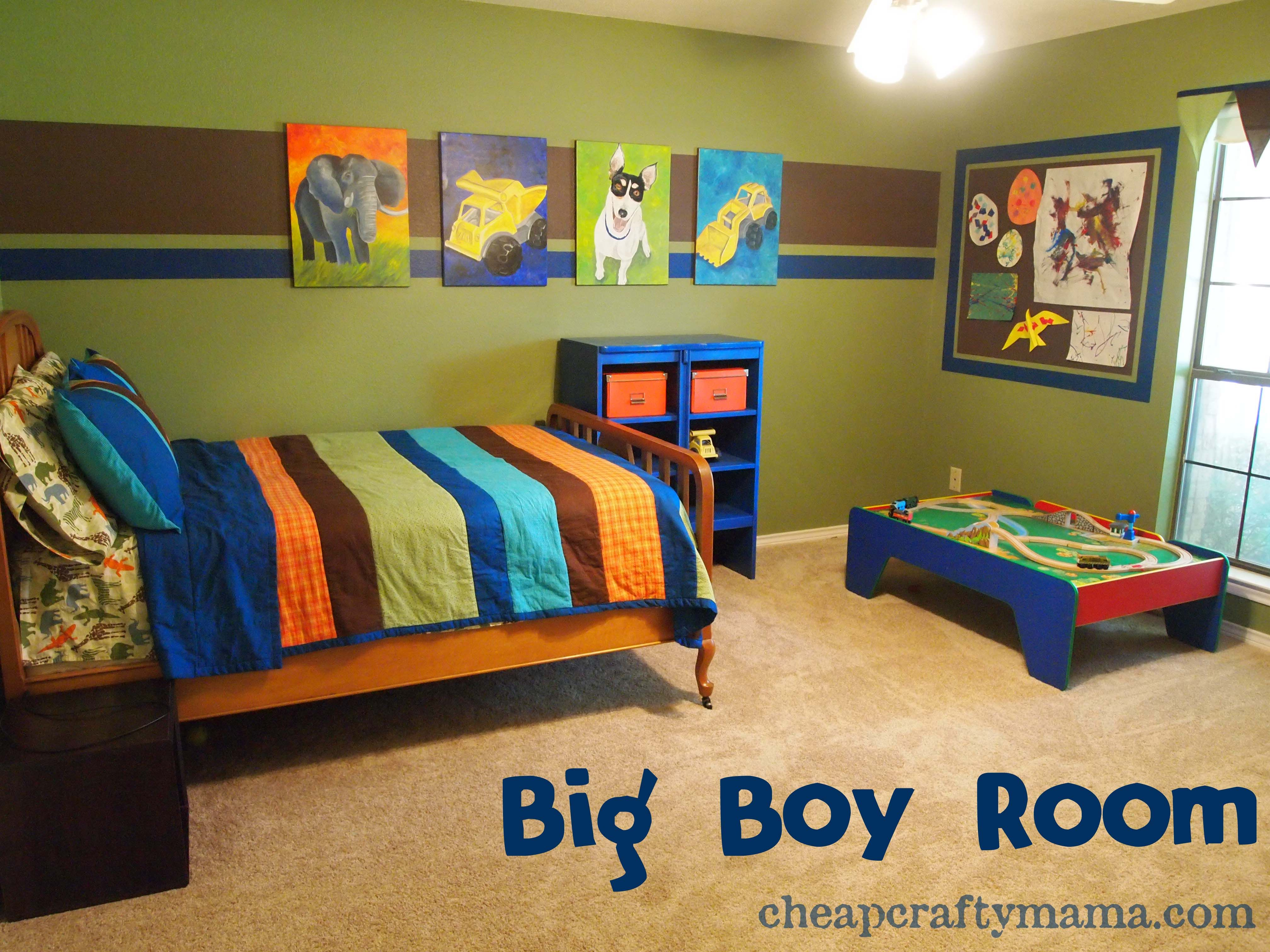 Bedroom, Green Color Of Wall Paint Decorating In Boys Room