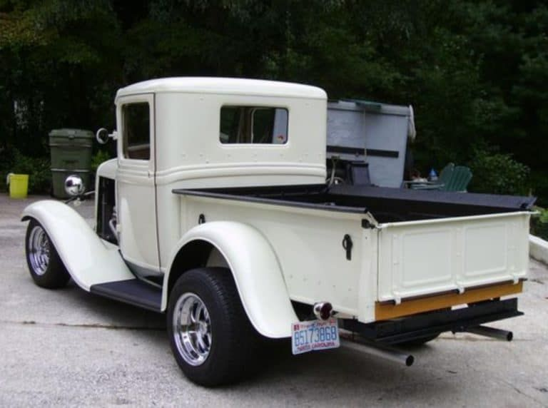 40 Beautifully Restored Rare Trucks - Yeah! Motor