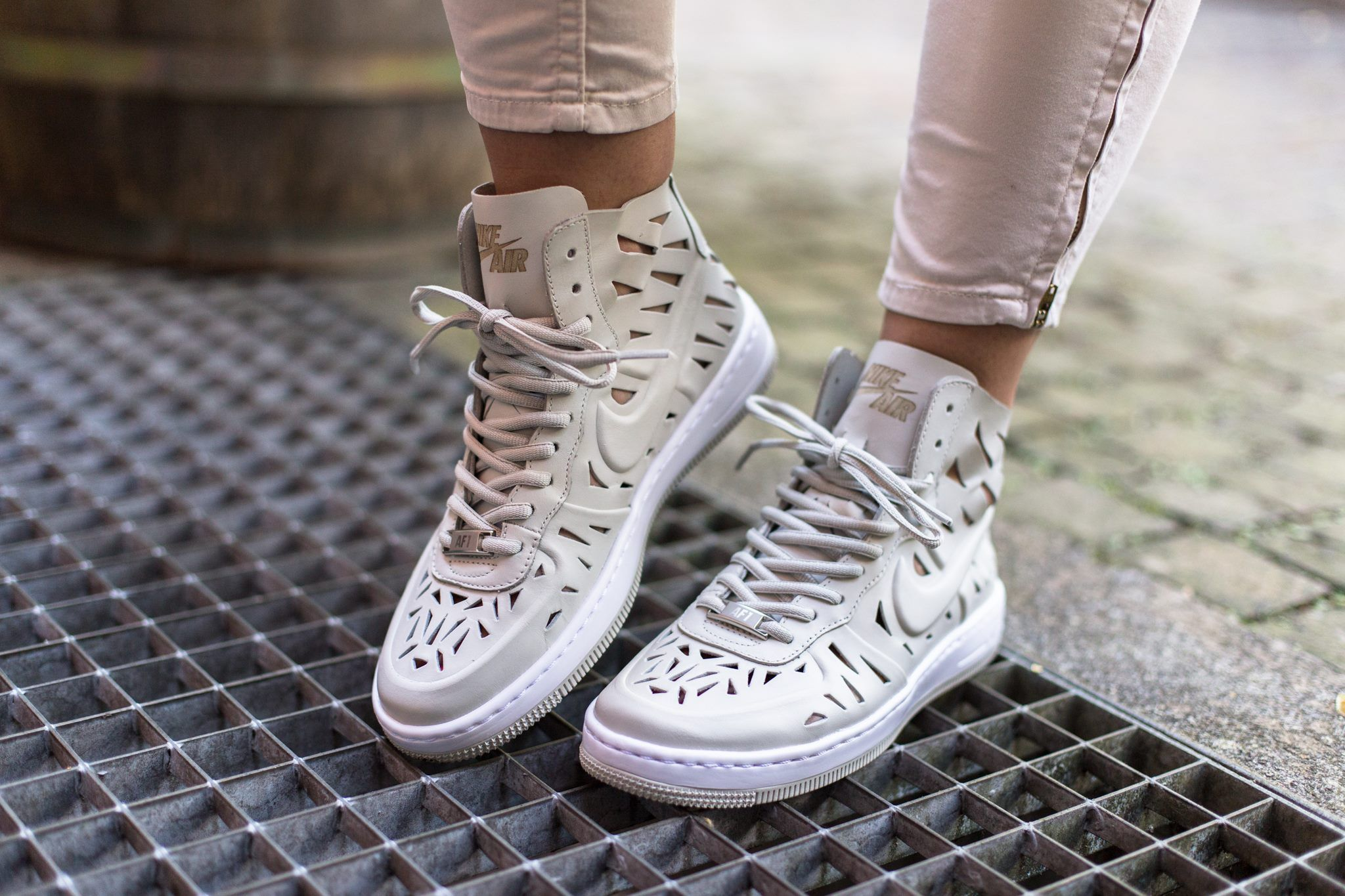 Nike Wmns AF1 Ultra Force Mid JOLI Quickstrike | Zapatos