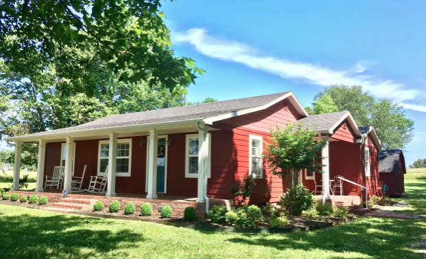 The Little Red Cottage Cave Springs Arkansas Red Cottage Spring Home Renting A House