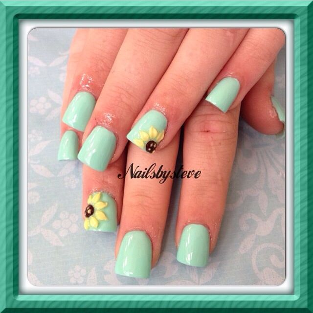 Sunflower nails | Nails | Pinterest | Uña decoradas, Girasoles y ...