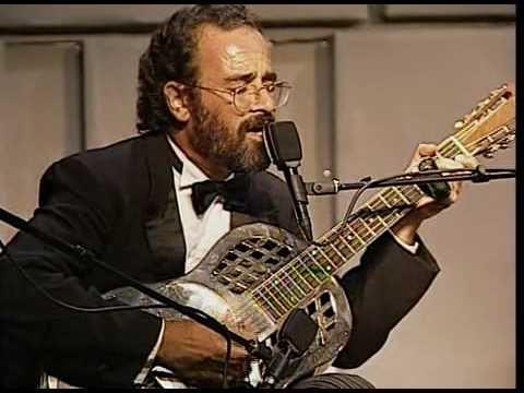 Bob Brozman plays \