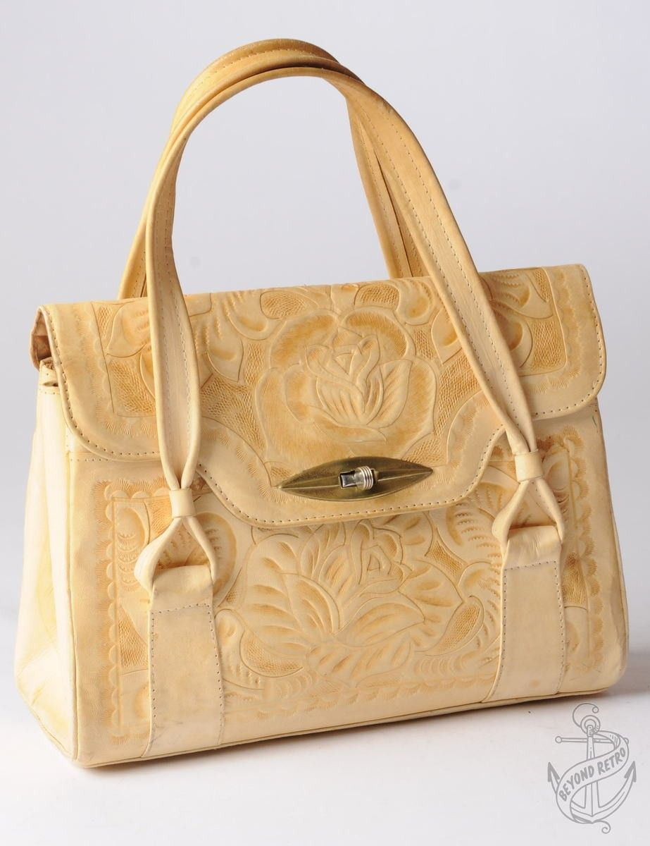 Vintage Vintage Hand Held Bag Cream With Multiple Compartments | Beyond Retro