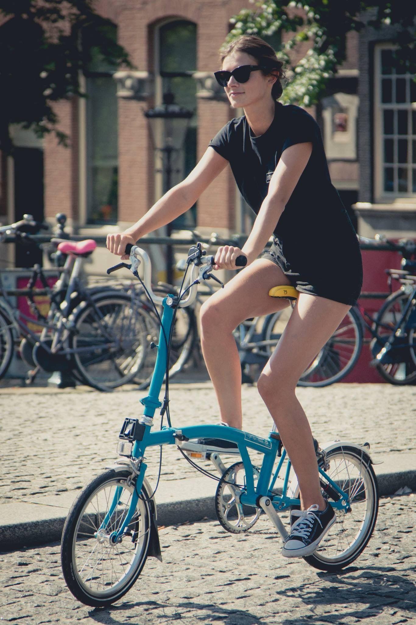 Pin By Ole Darmojo On Brompton Art Urban Bike Style Urban Bike