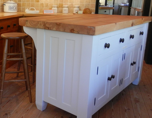 Solid Wood Islands Breakfast Bars From John Country Kitchens Http Www