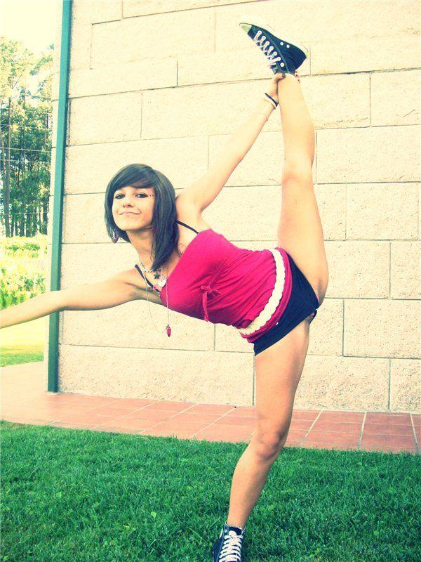 Dancetime Flexible Girls Girl Humor Flexibility Teen Dance Funny Beauty