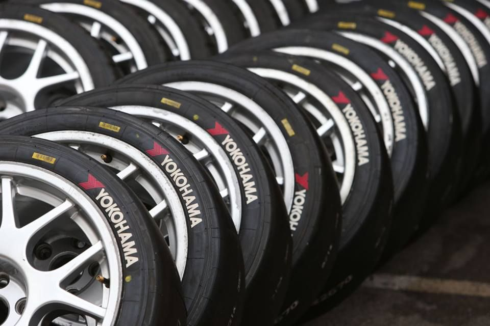 Llantas Yokohama Carros Autos Http Llantasytires Com Yokohama Tires For Sale Yokohama Tyre Brands