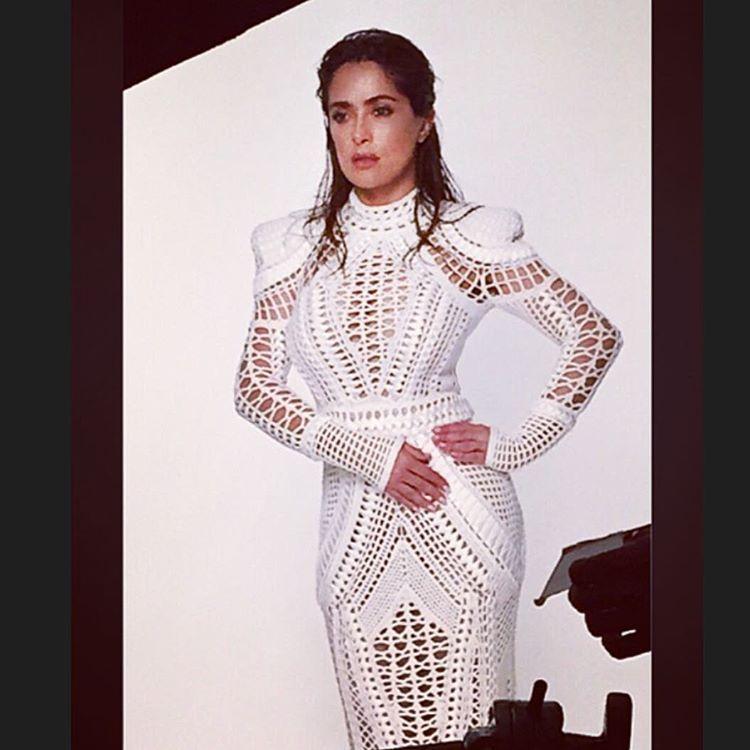 "Salma Hayek Pinault on Instagram: ""Photo shoot with photographer @paolakudacki"""