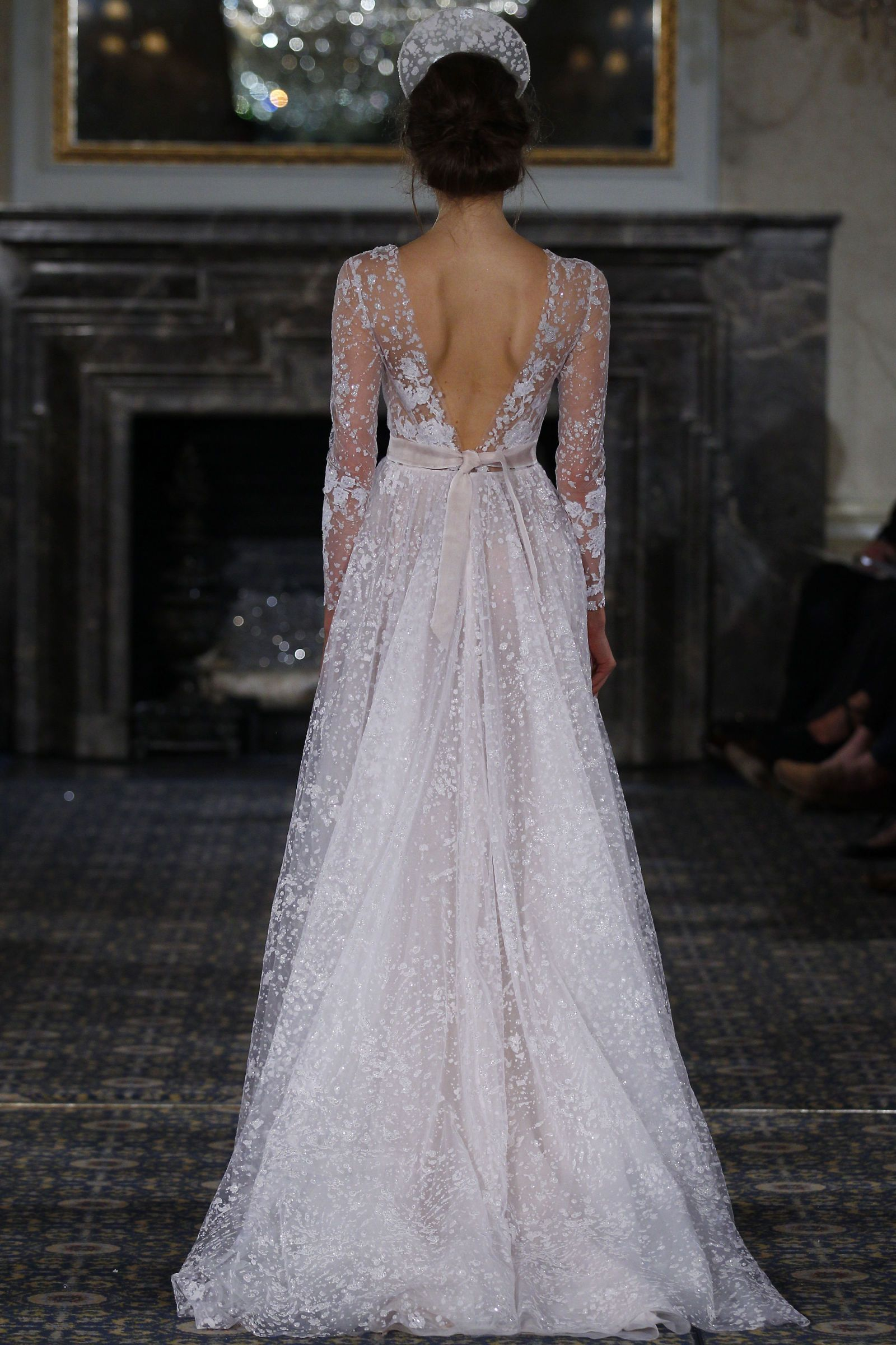 The Biggest Trends from Bridal Fashion Week - TownandCountryMag.com 9a757ee1341