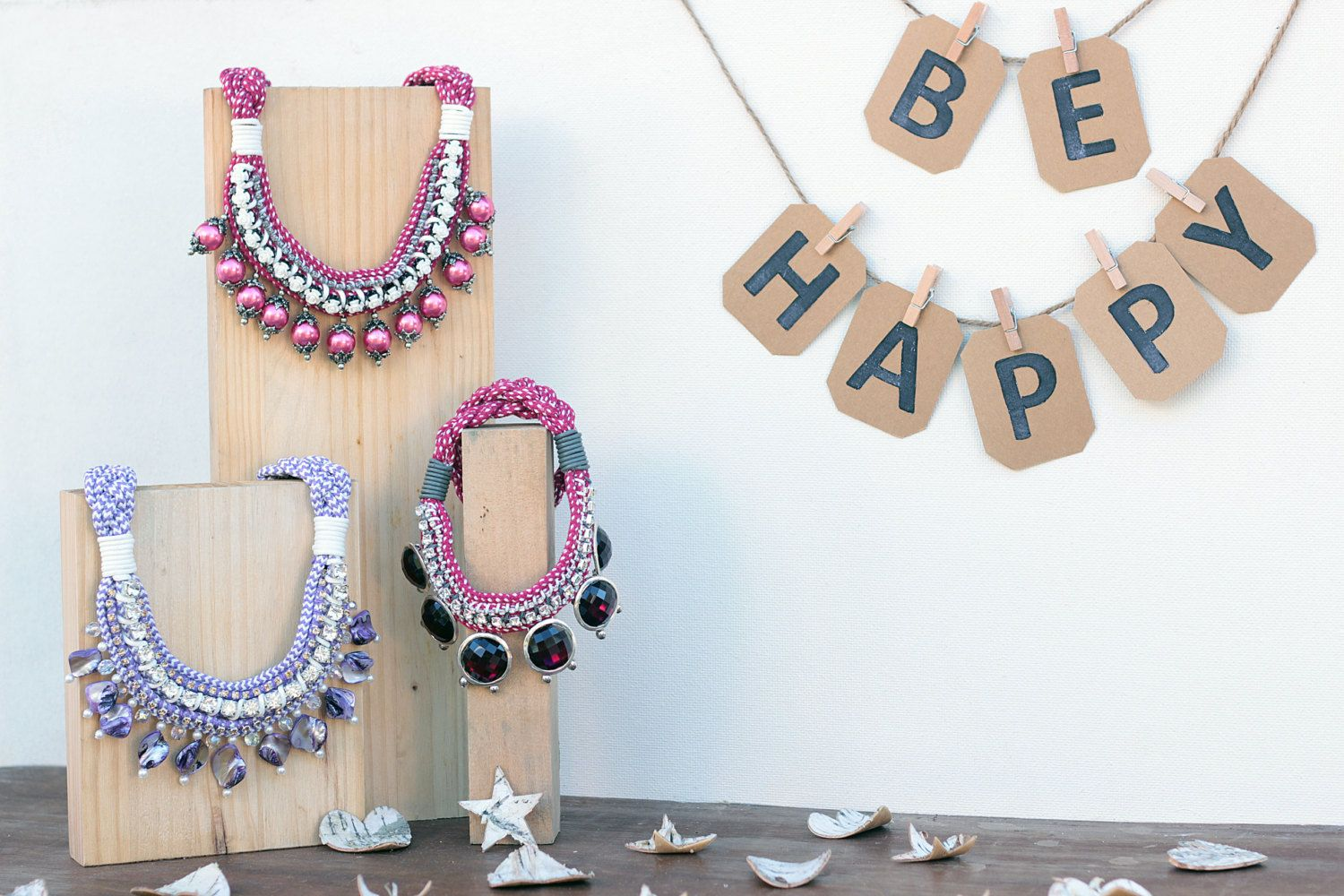 Colección BE HAPPY de dosTeresas. Handmade necklaces. One of a kind