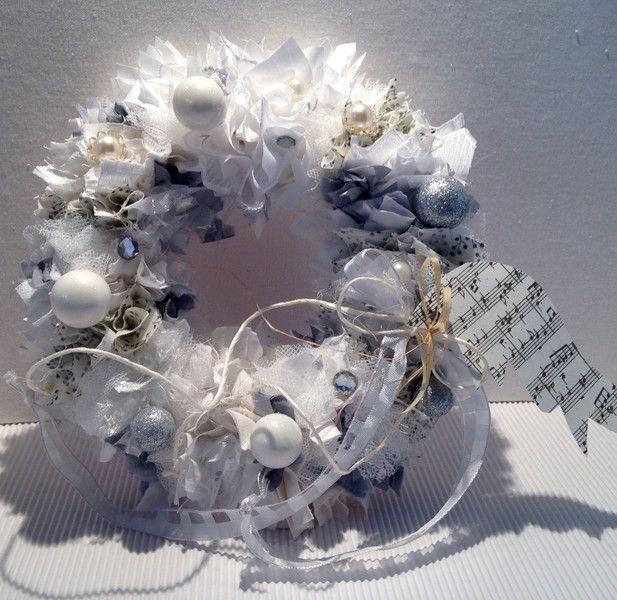 Weihnachtsdeko In Silber Und Weiß.Weihnachtsdeko Kranz Shabby Silber Weiss Ein Designerstück Von