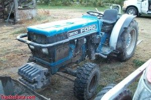Ford new holland 3830 3 cylinder narrow orchard tractor parts manual ford new holland 3830 3 cylinder narrow orchard tractor parts manual fandeluxe Gallery