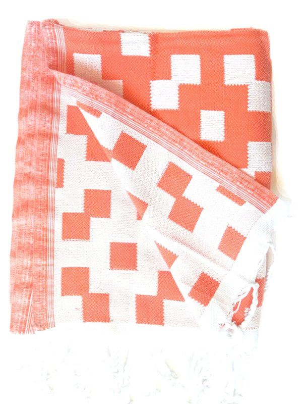 Hampton Guest Bicolor Hand Towel Hand Towels Decorative