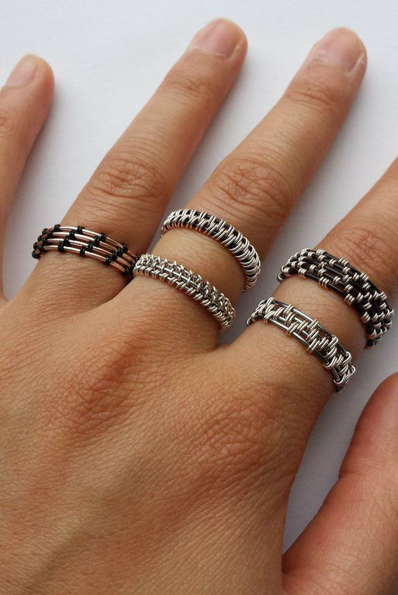 Woven Wire Rings | The Fashion Life | Pinterest | Draht, Schmuck und ...