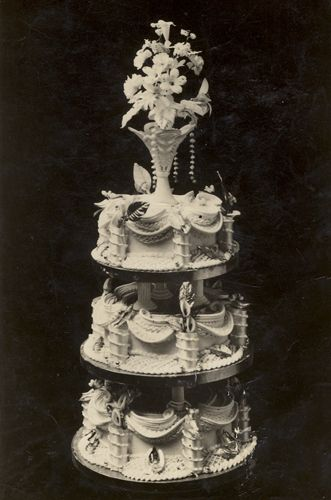 1930s wedding cake 1930s wedding cakes above muriel hughes and ted simkin 10084