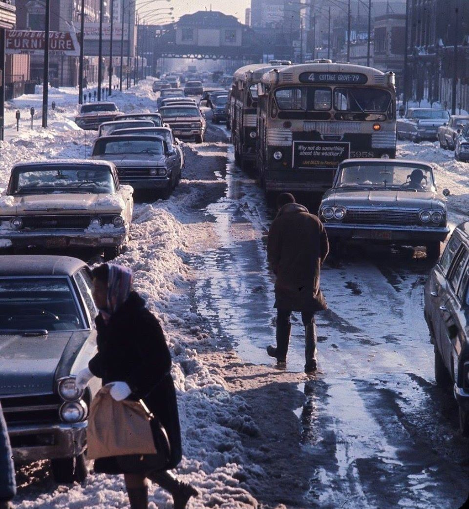 Messy Winter Street Scene 1960\'s   Old Traffic   Pinterest