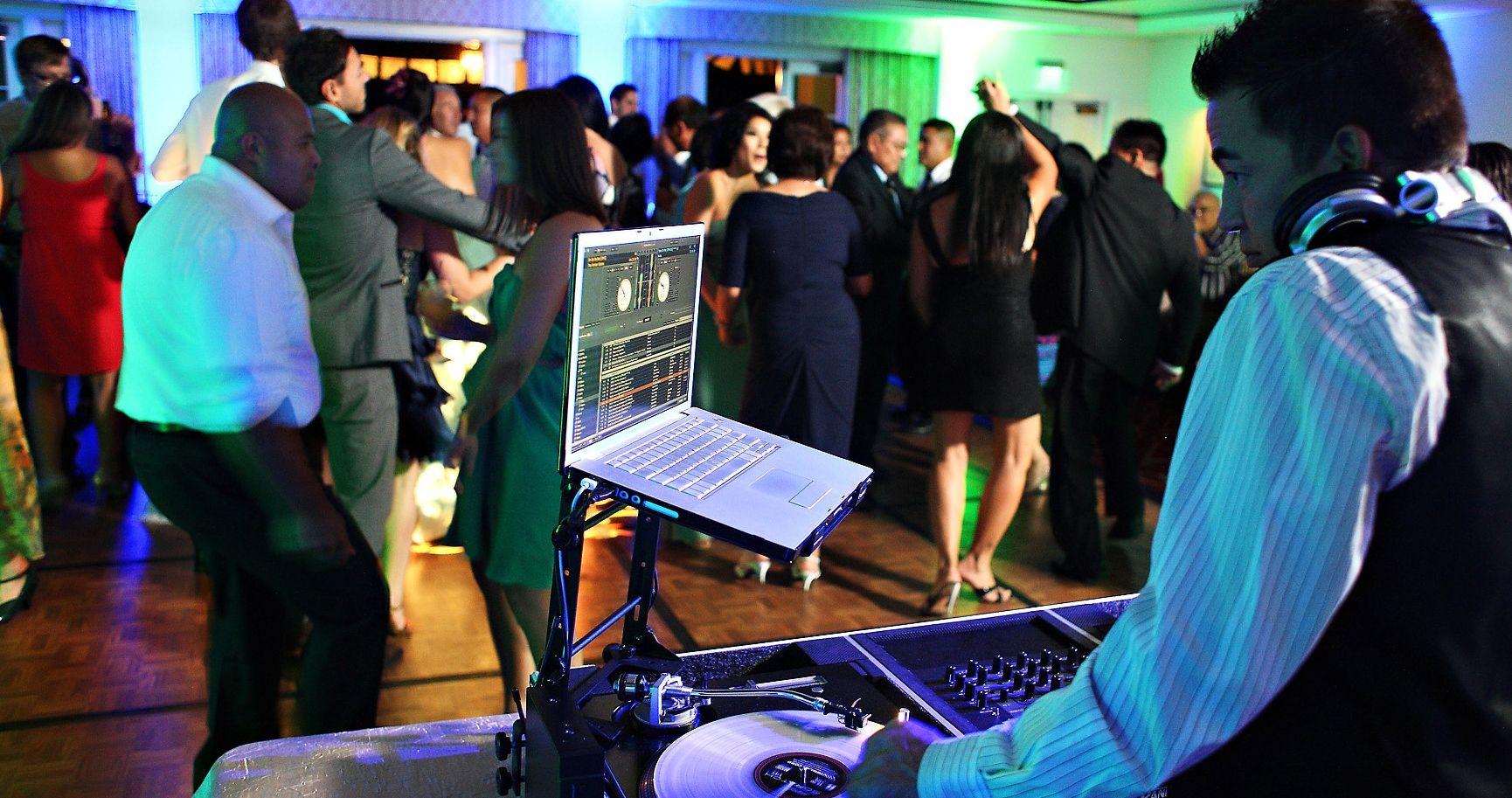 Empire entertainment gives more beneficial dj services