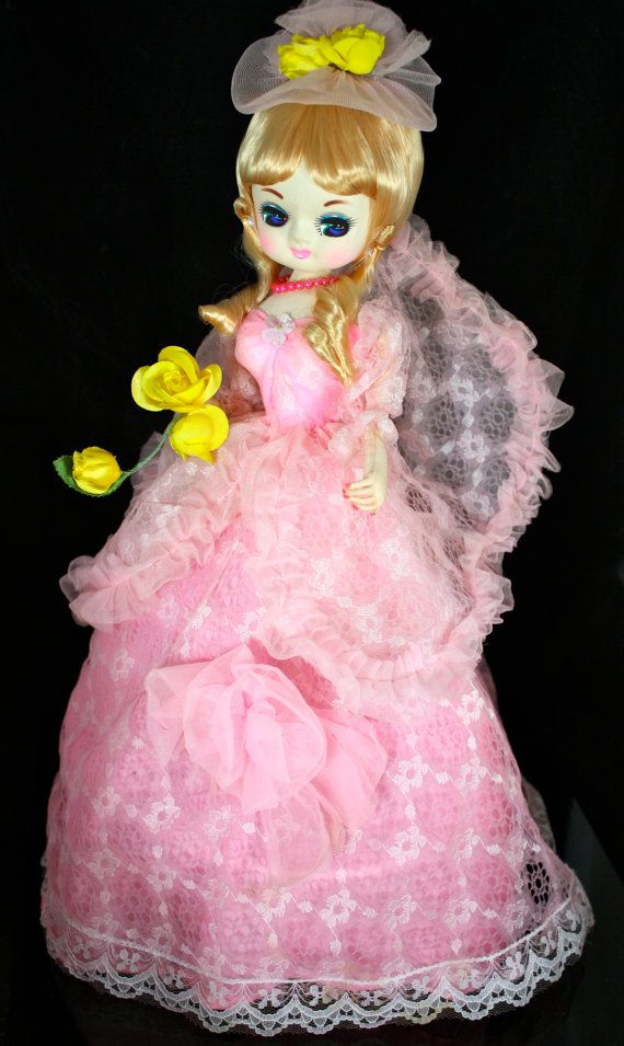 Carnival Toy Box Pink: Vintage Big Eye Pose Doll Bradley Doll Korean Japan
