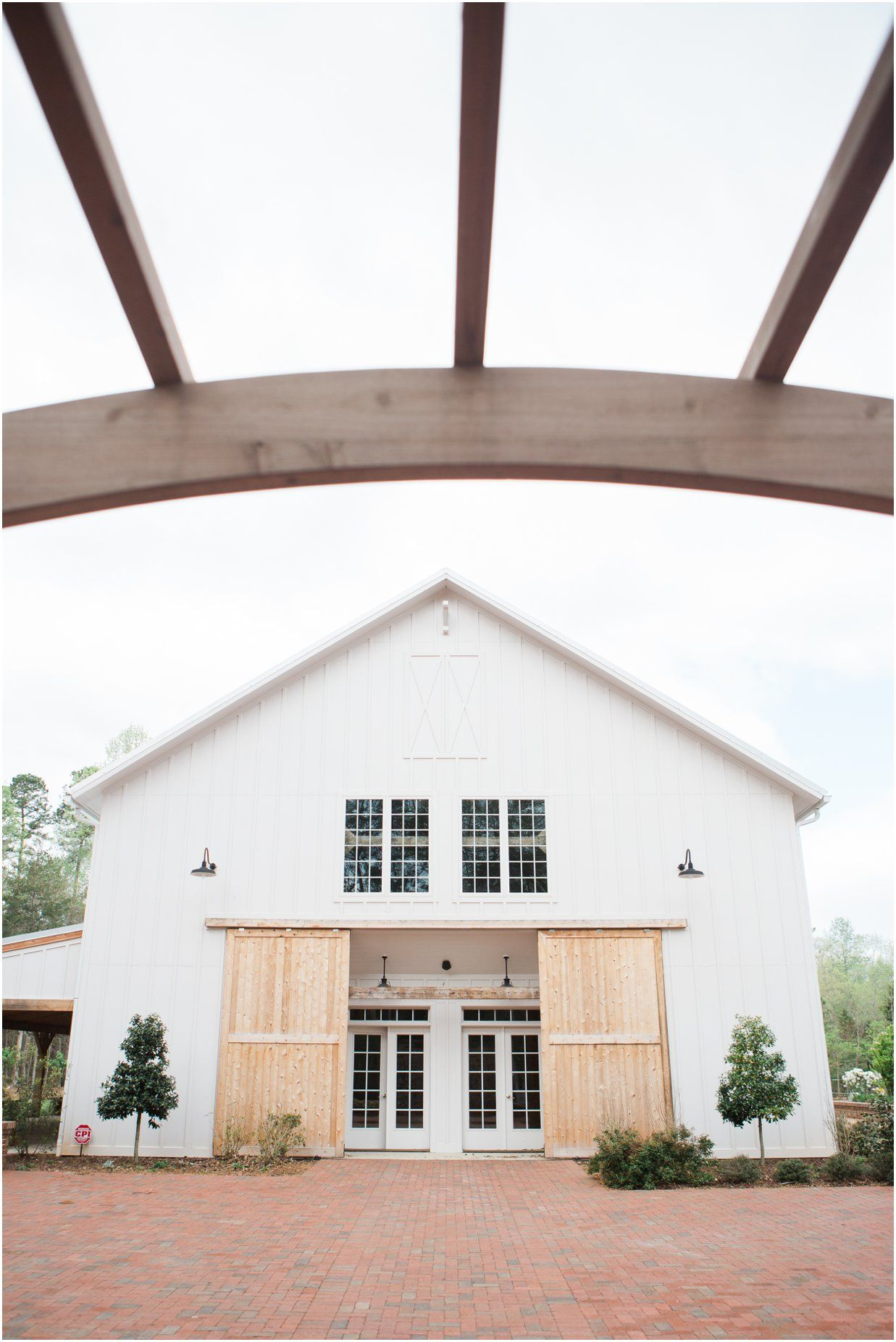 The Barn Of Chapel Hill At Wild Flora Farm Nc Wedding Venuewedding Photographers Raleigh Bow Tie Collaborative Blog