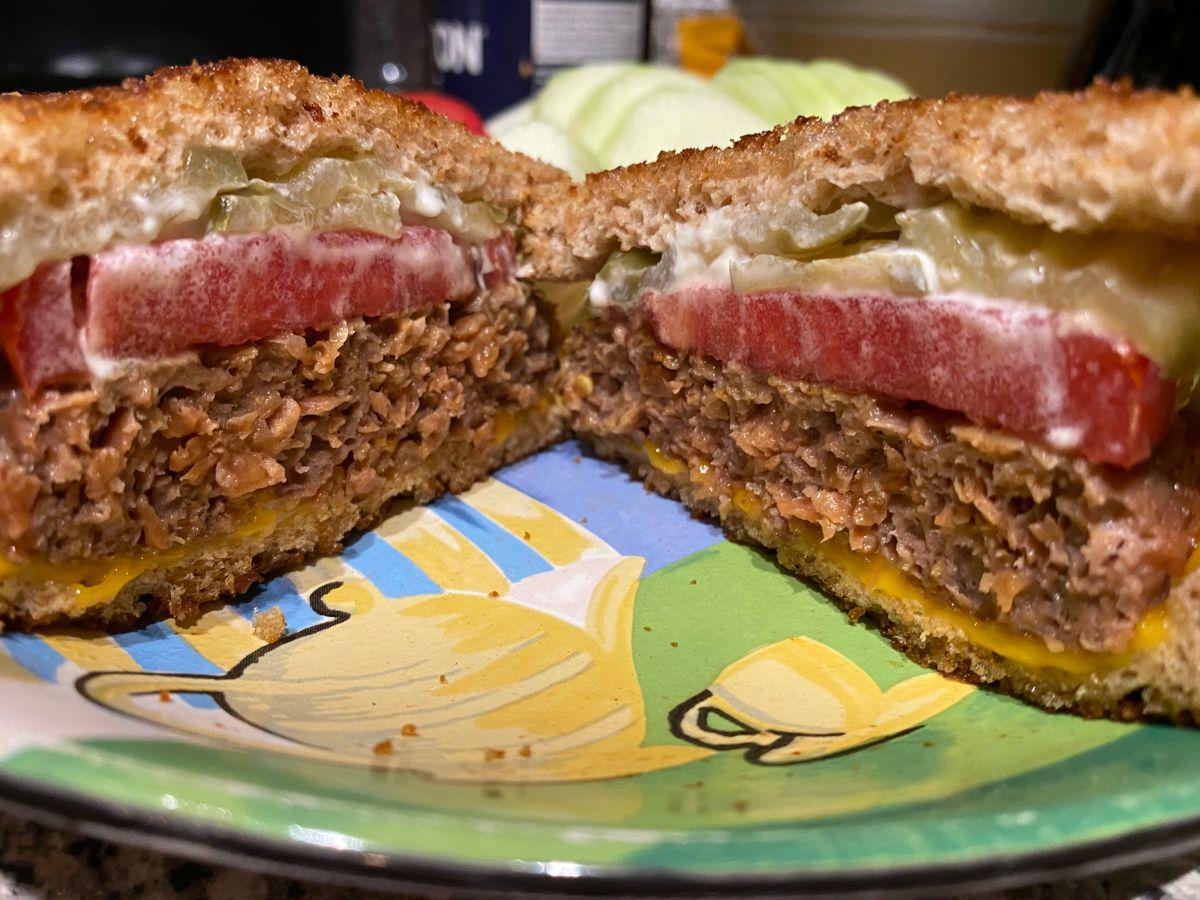 Beyond Burger Patty Melt In 2020 Vegan Cheddar Vegan Cheddar Cheese Earth Balance Butter