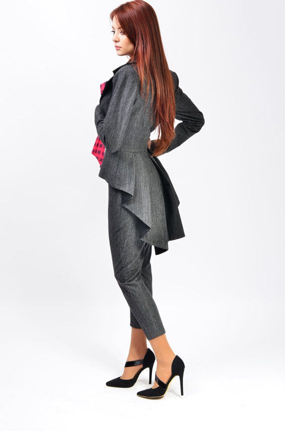 Mina is a unique and elegant jacket wearable with select occasions. it has a romantic and feminine look that brings personality to your frame.    Available colors: Black, white, red, royal blue, dark grey, light grey, greige    The products are made to order so any size will be ready for shipping in 2-3 weeks after payment.    If you dont have a standard size, please send me your measurements following the instructions from this video: https://www.youtube.com/watch?v=TMaGDaDHY_M    S (36)…