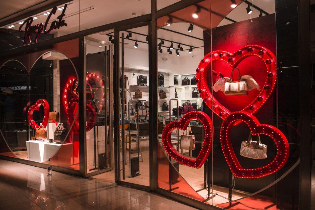 Resultado de imagen para decoracion centro comercial amor for Decoracion amor y amistad