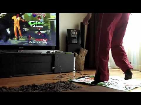 Me playing DDR (Dance Dance Revolution Univers - xbox360) - http://dancedancenow.com/me-playing-ddr-dance-dance-revolution-univers-xbox360/