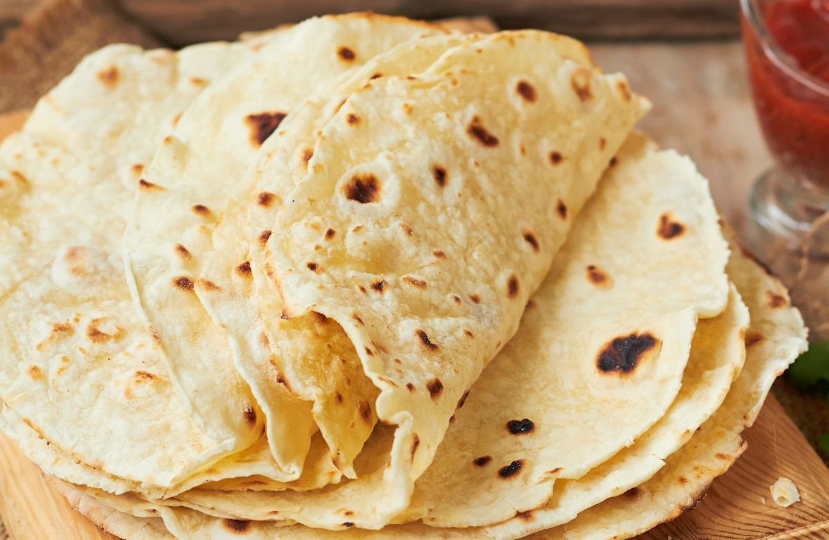 Simple Tortillas Recipe Recipes Tortilla Recipe King Food