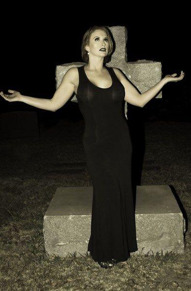 Model: Stacie Delanie Make-up artist: Desiree Sutter