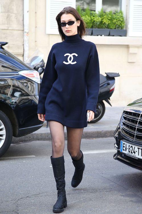 2b7572ace1d3be Bella Hadid a trouvé la robe Chanel vintage parfaite | Vogue ...