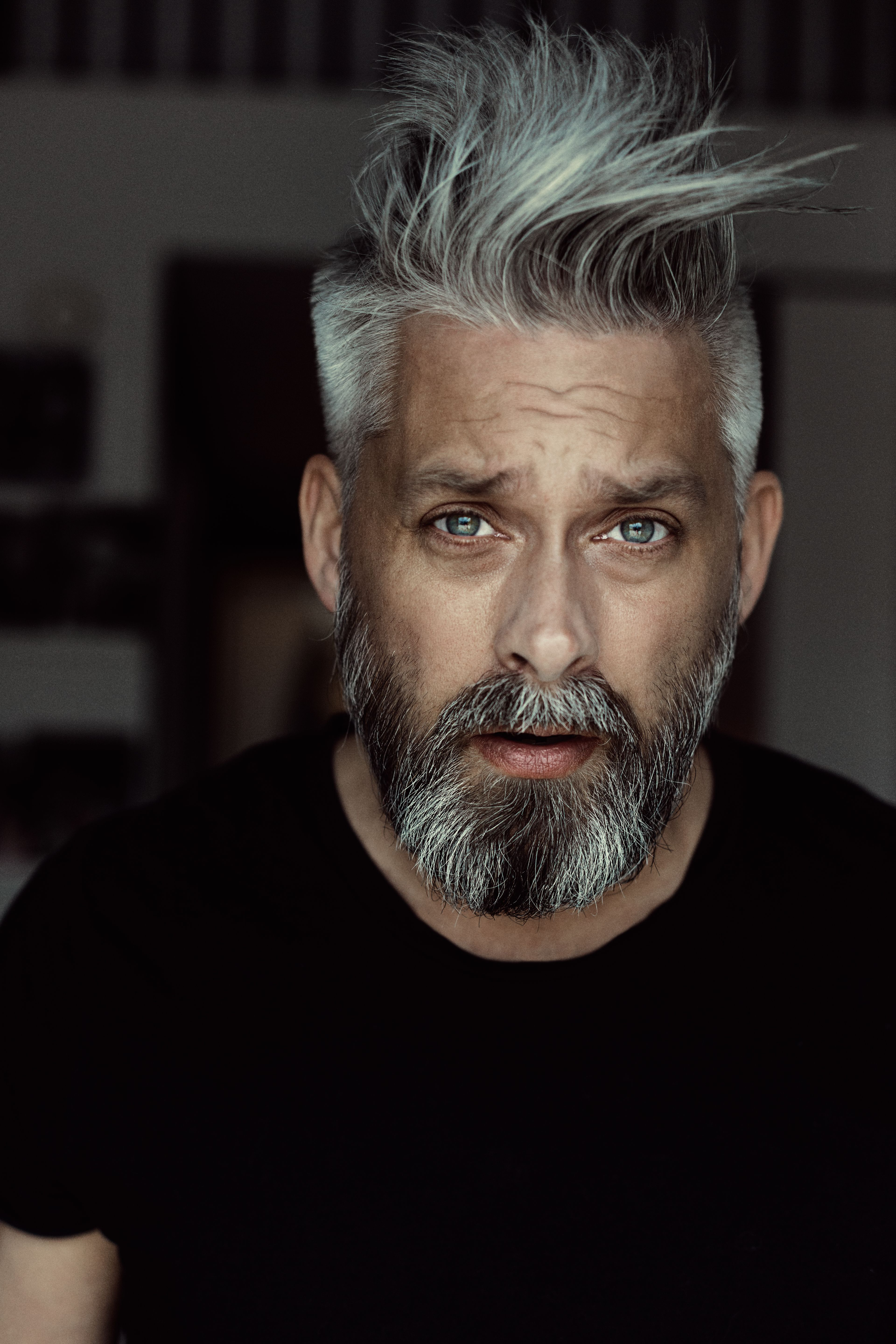 Model swede grey hair 40 beard man male manly fit over 40