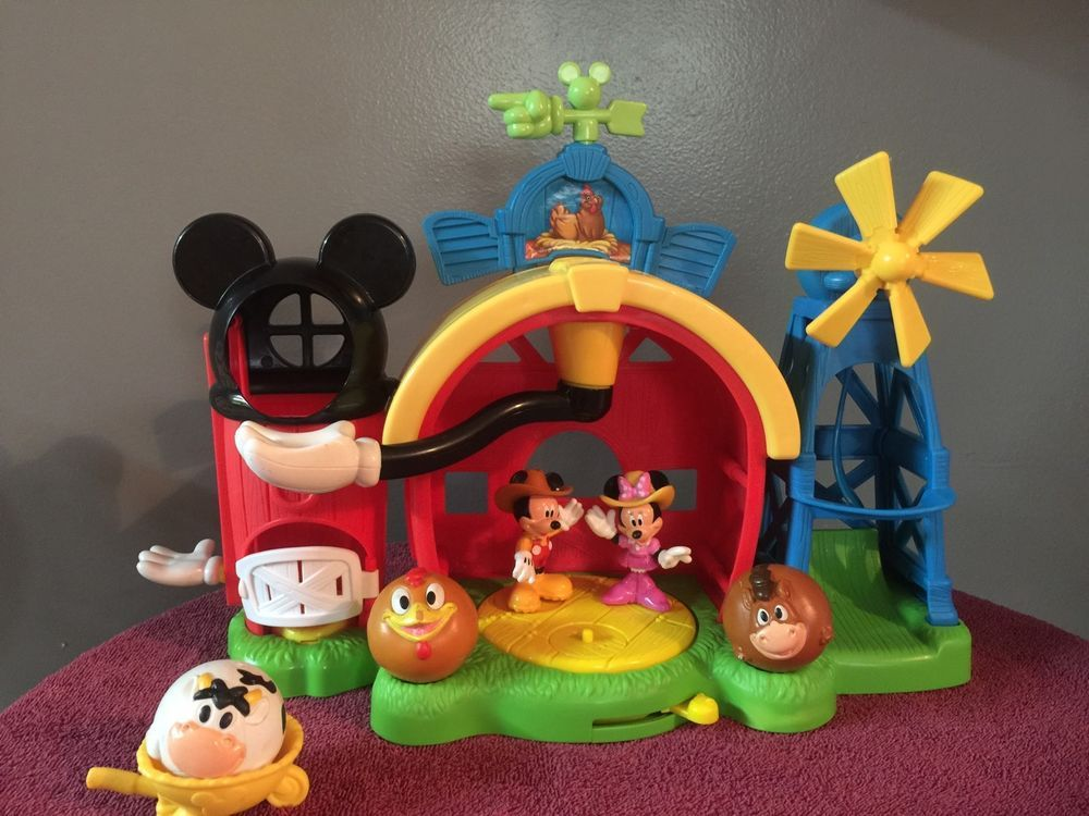 Fisher-Price Disney's Mickey Mouse Farm Play set #FisherPrice