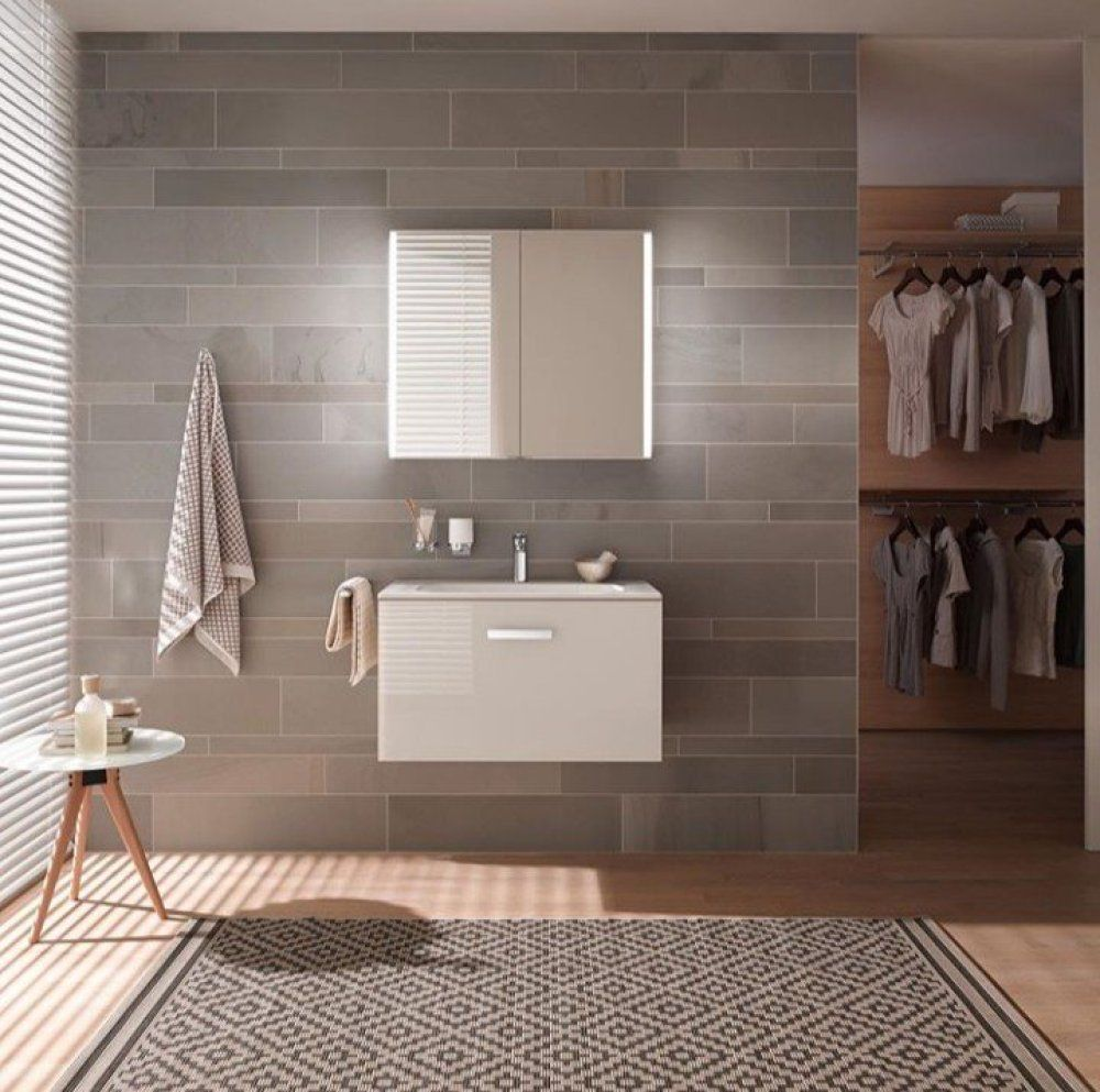 These Bathroom Mirrors Will Add A Style Statement In Your Bathroom In 2020 Large Bathroom Mirrors Sleek Bathroom Bathroom Mirror