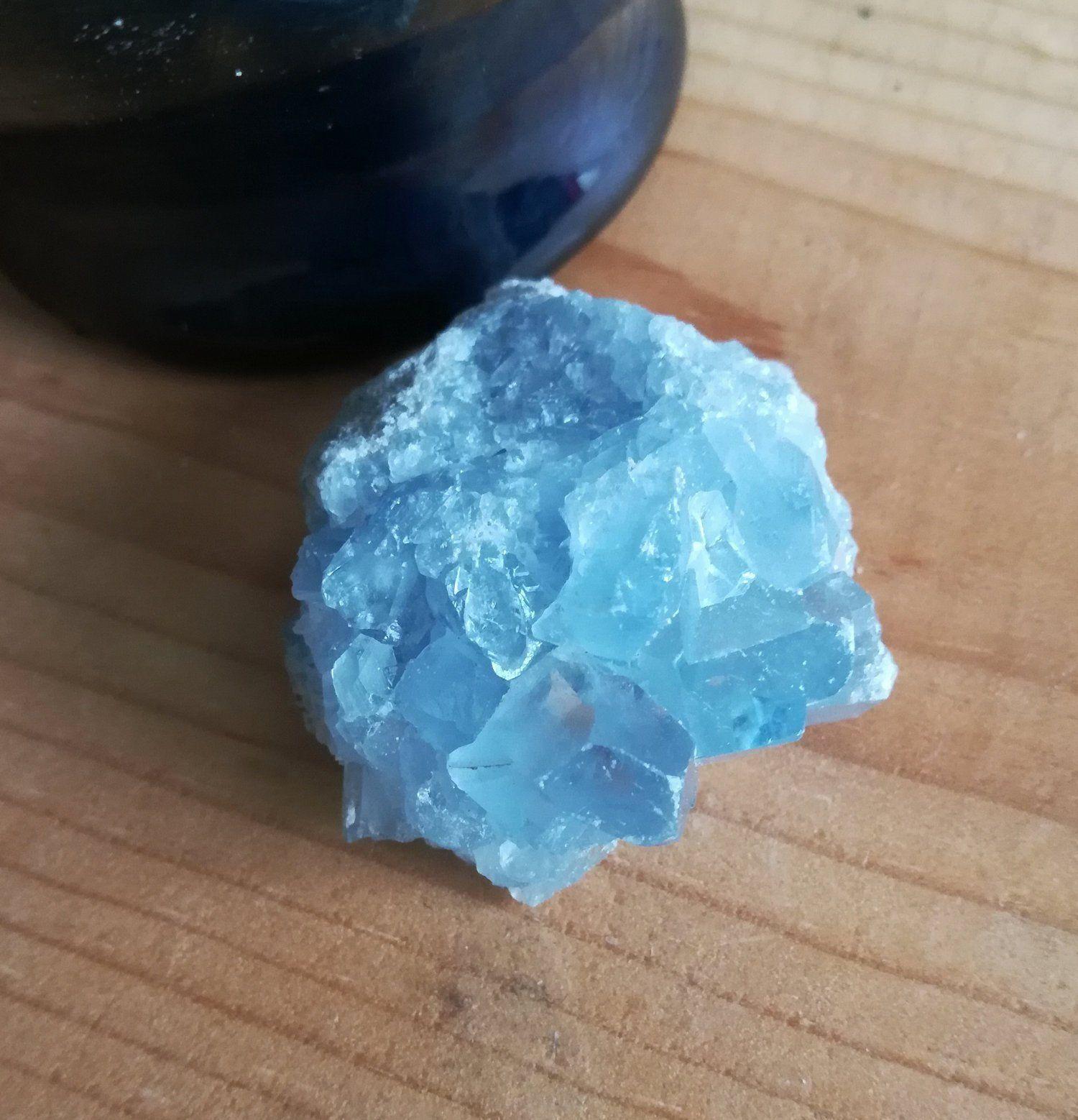 Celestite Crystal Cluster Sky Blue Celestine Cluster Mineral Specimen 1 7 Ounces 48 Grams For Sale By Celestite Crystal Crystal Cluster Beautiful Sky Blue