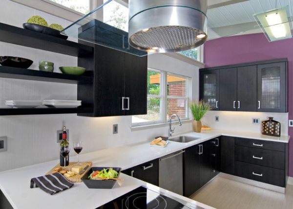 A splash of purple in the kitchen for a colorful and contemporary look