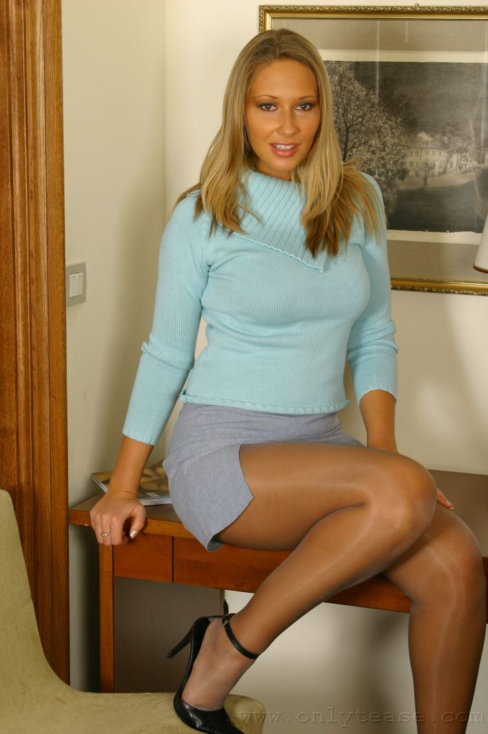 Wearing Pantyhose Or 98