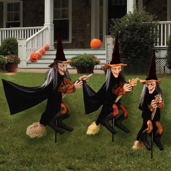 Outdoor Halloween Decorations | some outdoor ideas for decorating your  house and yard for Halloween . - Outdoor Halloween Decorations Some Outdoor Ideas For Decorating