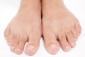 How to Make My Toenail Grow Back Without Fungus | a Health