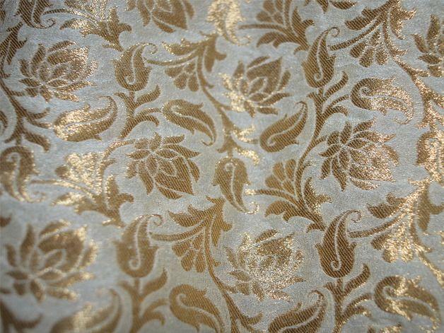 4 x Iron On Flower Motifs Brown//Cream
