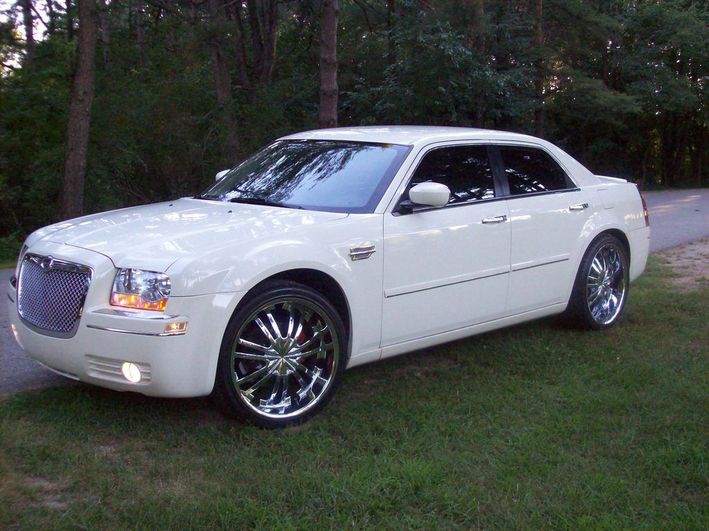 Chromed Out Chrysler 300 2005 Somewhere In Mi Owned By Rayrod22s Page 1 At