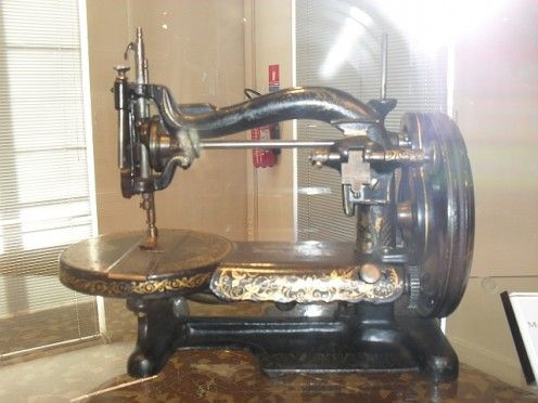 vintage sewing machine at the museum of Male Fashion in Argenton sur Creuse