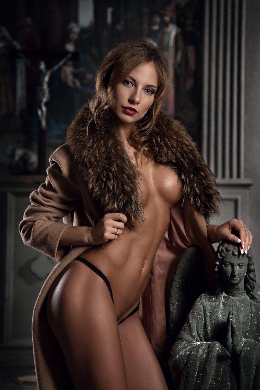 Katerina rubinovich topless new pics