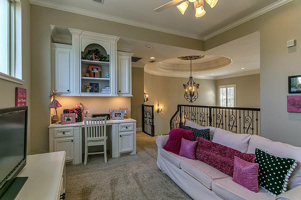 3 Parwood Ct, The Woodlands, TX 77382 Home, The