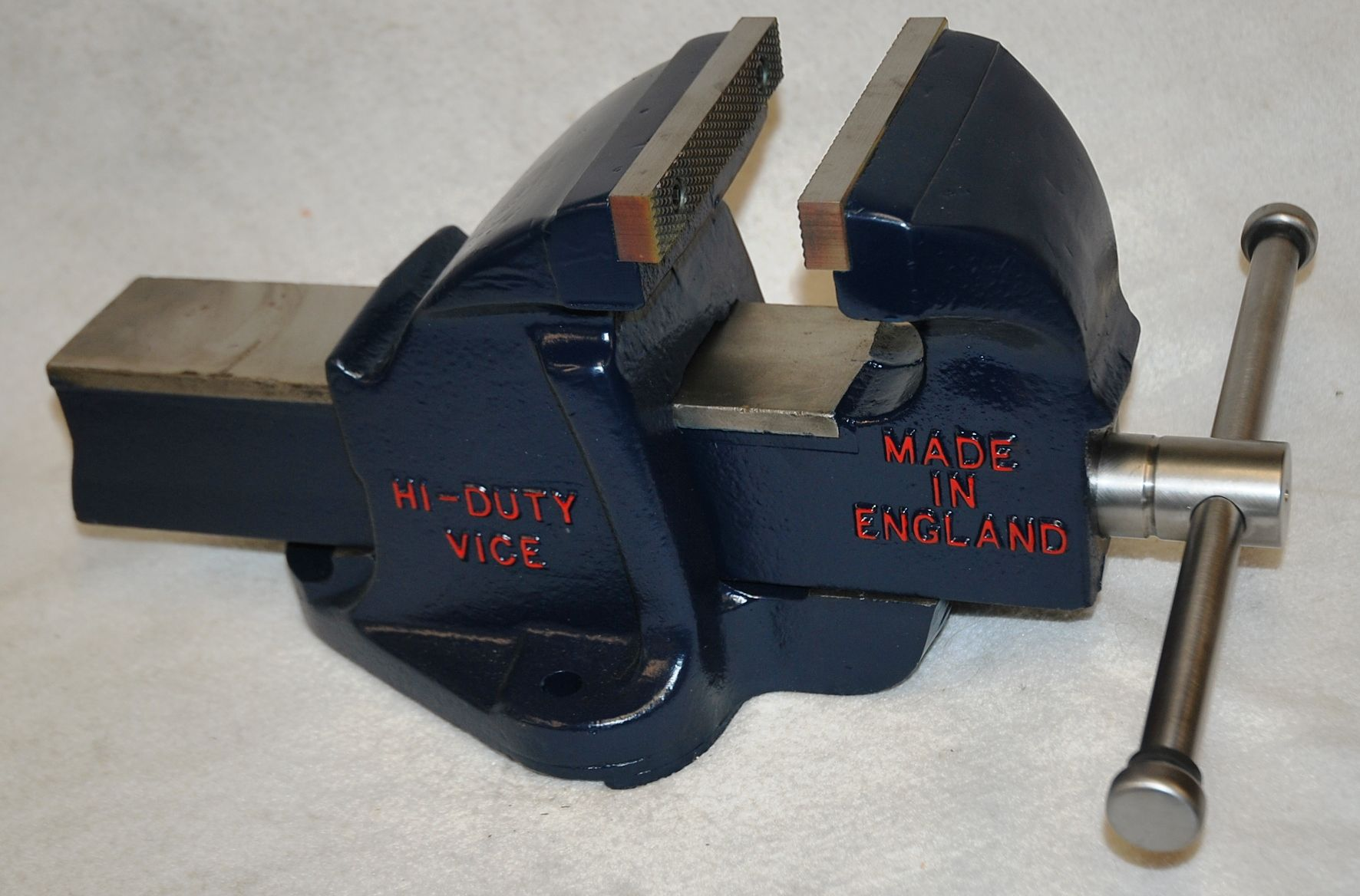 Paramo 6 Bench Vice 6 Inch Jaws And Weights Over 85 Lbs Nice English Vice Bench Vise Bench Vice Vises