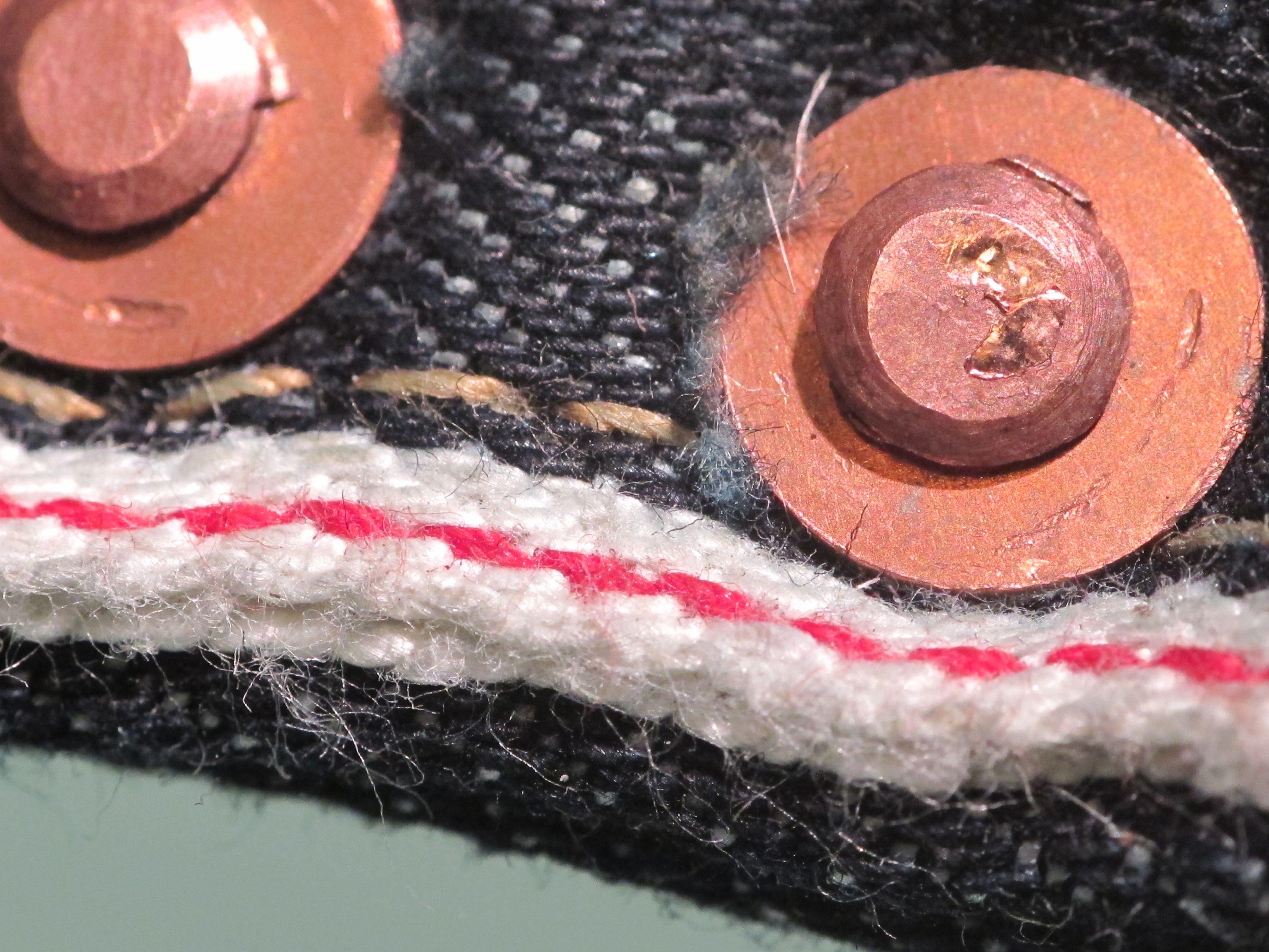 Rest Denim wallet leash rivets