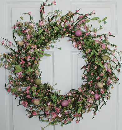 Amazon Com Genesee Silk Spring Door Wreath 22 Inch Home Kitchen Floral Door Wreaths